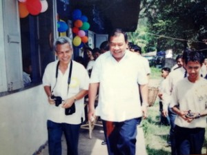 H.E. Mr. Bounnhang VORACHIT current Vice President of Lao PDR and former Prime Minister (center) and Sombath Somphone (left) visit the Quality Schools Program at Dongdok Kindergarten on Children's Day 2004.